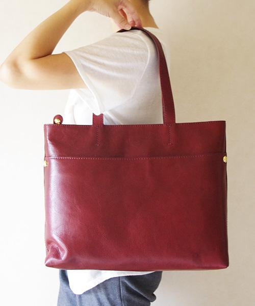 プレゼント付き!ツモリチサト トートバッグ tsumori chisato CARRY シンプルなデザインが魅力のレザートートバッグ