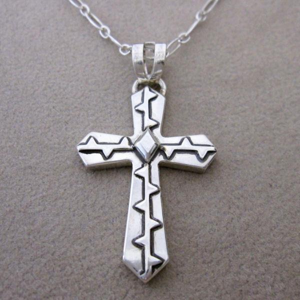 ネックレス ペンダント クロス 十字架 ハワイ サメ メンズ シルバー 夏 送料無料 刻印無料 ハンドメイド Hawai'ian Cross (Nihomano)