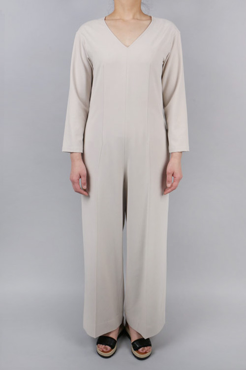 RELAX V-NECK JUMPSUIT(10113-0011) Clane(クラネ)