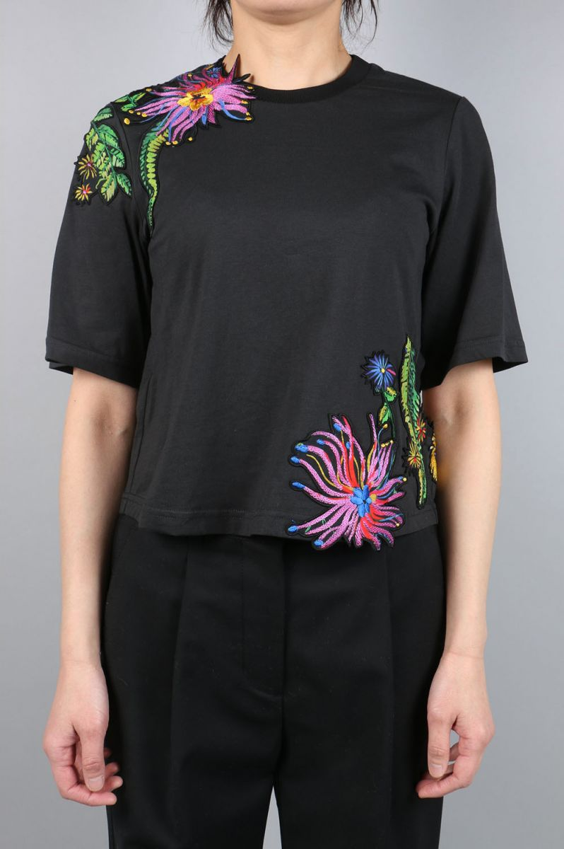 SS TEE W FLORAL EMB (E171-1669OCY) 3.1Phillip Lim(フィリップ・リム)