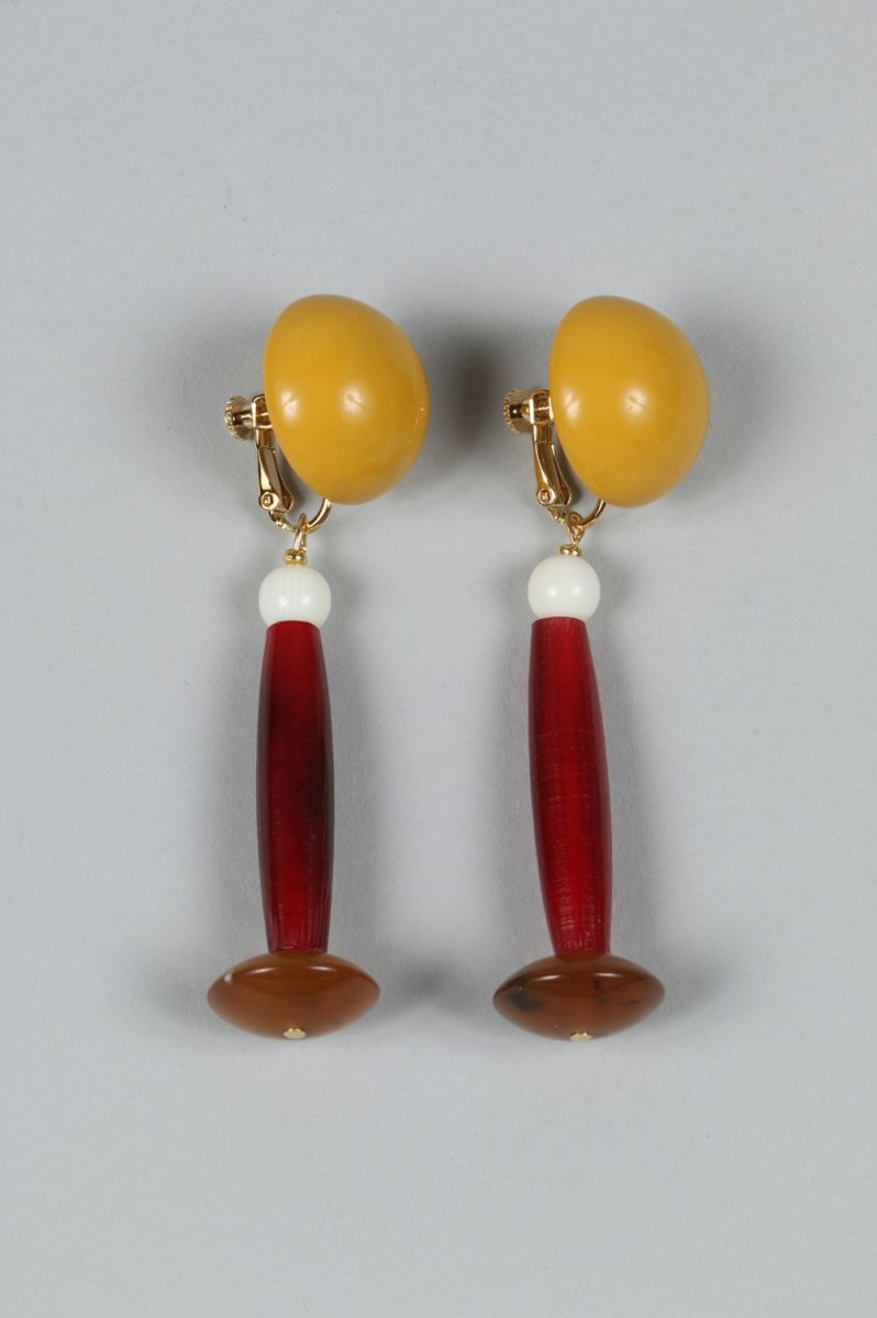 【43%OFF】Earrings -163 St,Cat(エスティキャット)