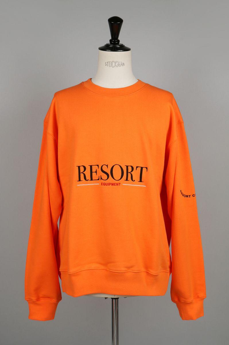 【50%OFF!】 EMBROIDERED CREW NECK SWEATSHIRT(RESEQUIP-OR03) Resort Corps(リゾート・コープス)