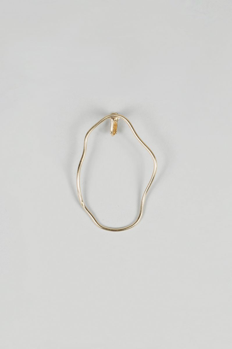 【10%OFF】Form Earring - GOLD PLATED BRASS St,Cat(エスティキャット)