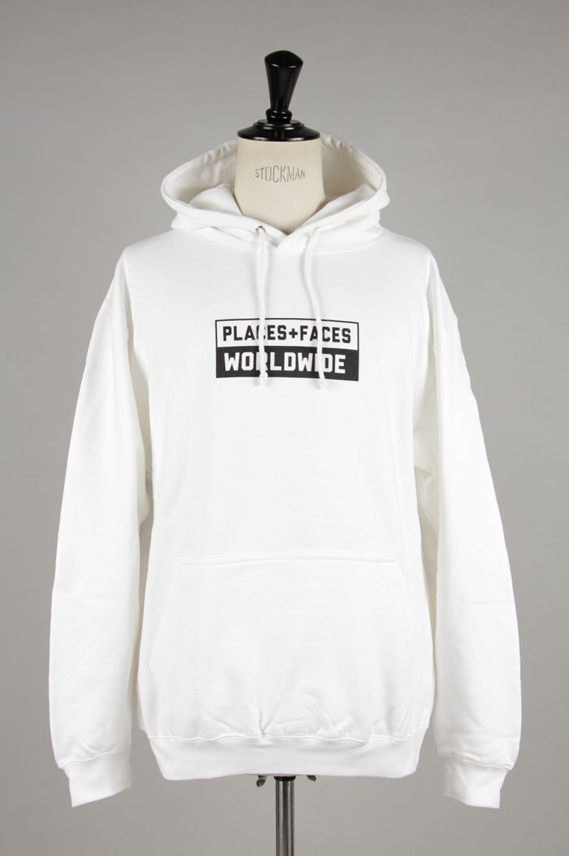 WORLDWIDE HOODIE/WHITE PLACES+FACES(プレイシズ・プラス・フェイシズ)
