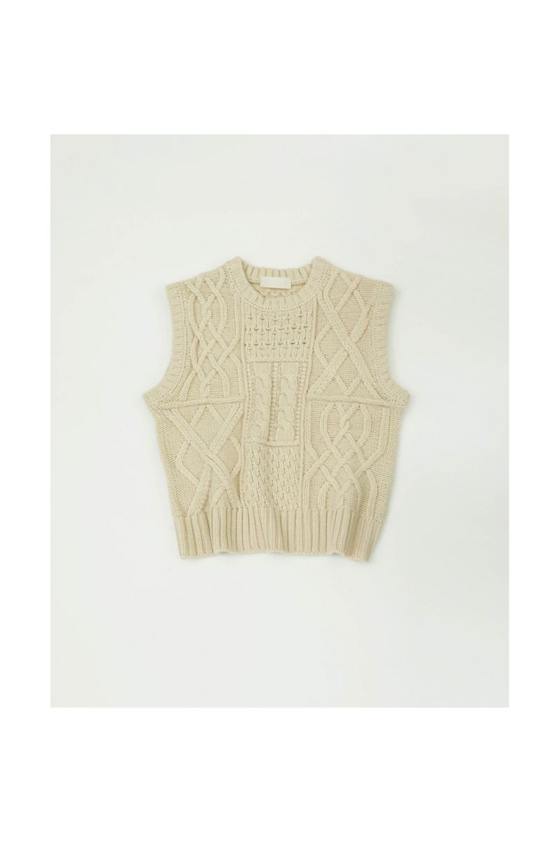 【ご予約受付中】Cable Knit Vest -ECRU (11920506) (R) Todayful(トゥデイフル)