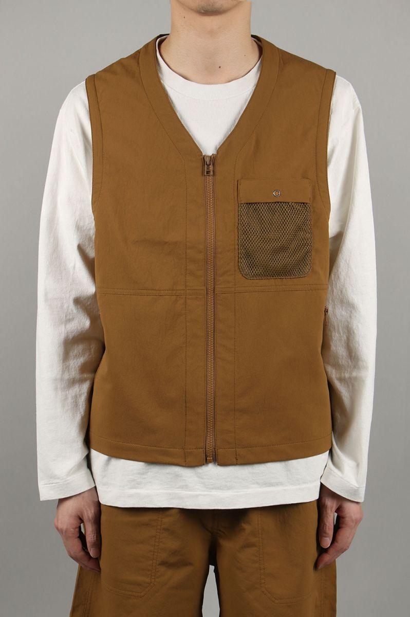 ナナミカ メンズ ALPHADRY Vest - OCHRE (SUNS022) アルファドライ ベスト nanamica 【正規取扱店】