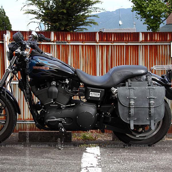 バイク ハーレー アメリカン サドルバッグ サイドバッグ 本革 レザー バイカーズ 牛革 堅牢 鉄馬 可変容量 DEGNER デグナー SB-64IN(ブラック) 送料無料