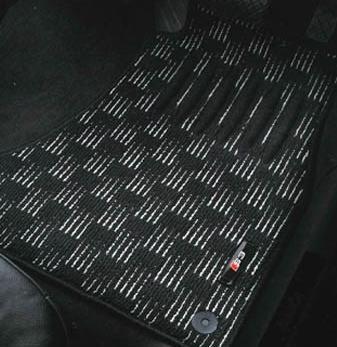 アウディ(Audi) 純正 フロアマット スポーツ A3 ブラック&シルバー J8VBM5R15SPBS4