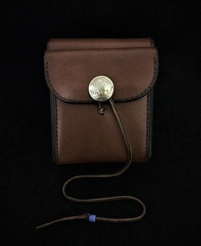 ゴローズ goro's 未使用品 二つ折り財布(焦茶) 財布