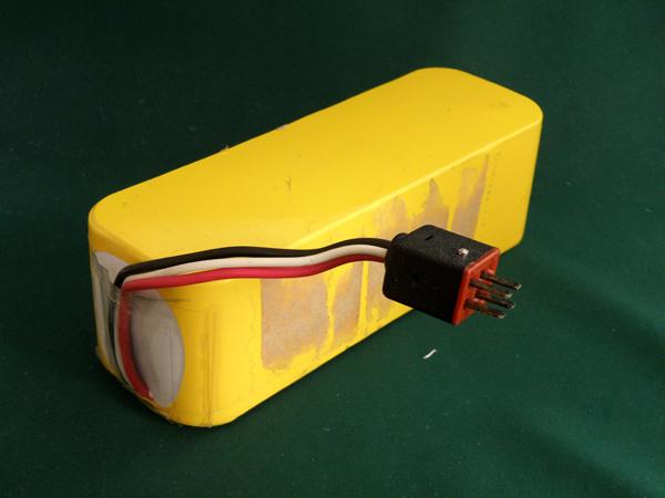 12N-4000DR 相当品 ※組電池製作バッテリー 携帯ストロボ用バッテリー 等用 12V4000mAh リード線のみ【電池屋の日対象】