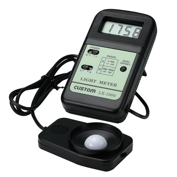 LX-1000 カスタム 作業時に表示の確認がしやすい、本体-センサー間がセパレート式の照度計