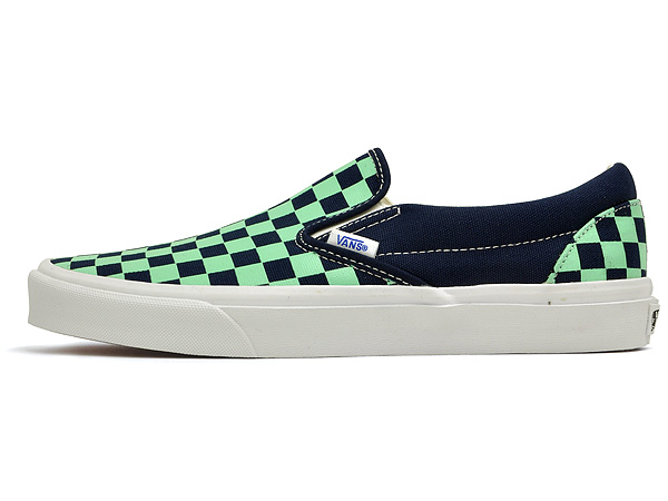 vans green checkerboard slip on