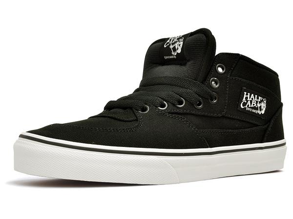 904353f7c11 TE) black vans classic mid cut Skate   bike   pest action sports for men s  shoes (sneakers) (black   white) VANS HALF CAB (14 ...