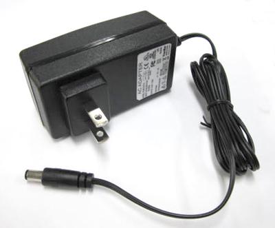 バッテリーチャージャー(ニッケル水素電池/ニッカド電池6セル用)FCA015-S09-U