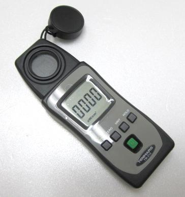 プロ用UVメーターTM-213