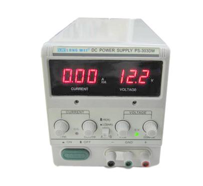 デジタル可変式スイッチング電源(0-30V/3A)PS-303DM