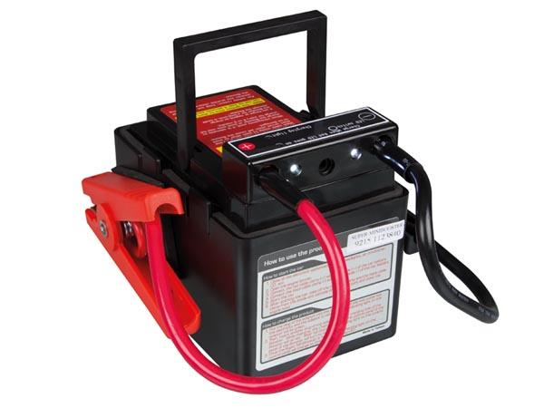 供专业使用的的超小型升压器12 Vdc - 1200 A - AQ-TRON