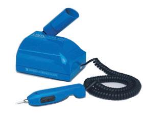 カッター刃、丸刀、三角刀、平刀も使える超音波彫刻刀 USW-334ek