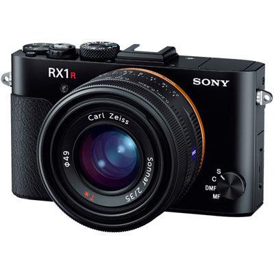 【送料無料】有効約4240万画素の35mmフルサイズセンサー搭載コンパクトデジタルカメラ サイバーショット (DSCRX1RM2) ソニー 有効約4240万画素の35mmフルサイズセンサー搭載コンパクトデジタルカメラ サイバーショット DSC-RX1RM2【納期目安:3週間】