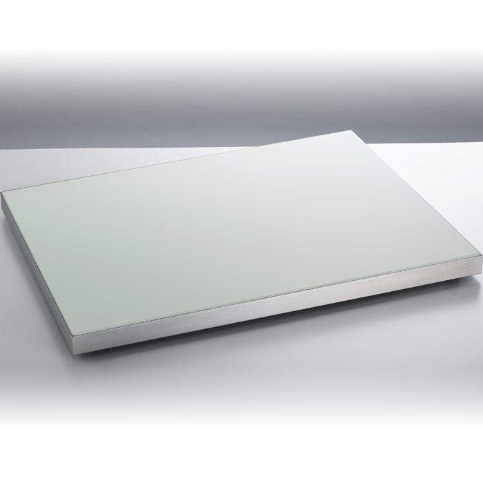 タイジ お料理を際立たせるシンプルなデザイン。最適な温度を保つ機能性プレートヒーター PH-640GW