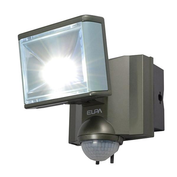 スタイリッシュで小型ながら 大光量の人感LEDセンサーライト 屋外用の防雨型 防犯のために玄関 駐車場 門戸 外壁 格安 価格でご提供いたします 車庫等に設置がおすすめです エルパ LEDセンサーライト 430ルーメン 防犯ライト 結婚祝い アウトレット 屋外用 朝日電器 ELPA コンセント式 防沫 ESL-801AC