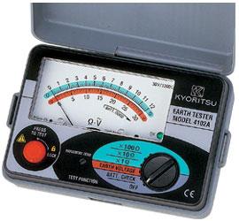 共立電気計器 アナログ接地抵抗計(ソフトケース付)/キューアース 4102A