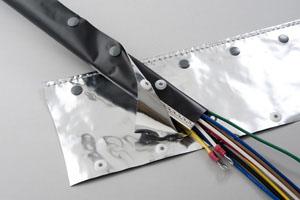 日本ジッパーチュービング シールドチューブ Φ30mm 50m OTF-30 ホックタイプ(ホックチューブ)