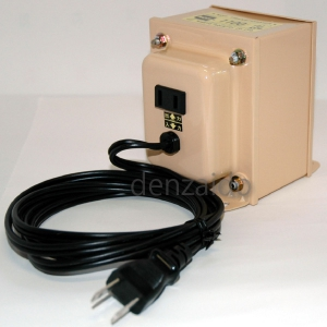 (NDF1100E) 【送料無料】 日章工業 「トランスフォーマ NDF-Eシリーズ」 (ダウントランス) NDF-1100E (220V・1100W) 変圧器