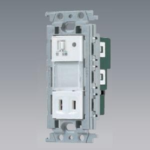 パナソニック 埋込熱線センサ付ナイトライト LED:電球色 0.6W コンセント付 手動スイッチ付 15A 125V ホワイト WTF4067W