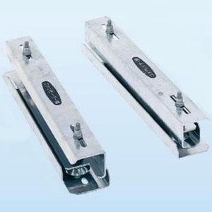 日晴金属 PCキャッチャー用防振架台 ウルトラパッド式 適正荷重65~150kg 溶融亜鉛メッキ仕上げ 《goシリーズ》 PC-UPJ30