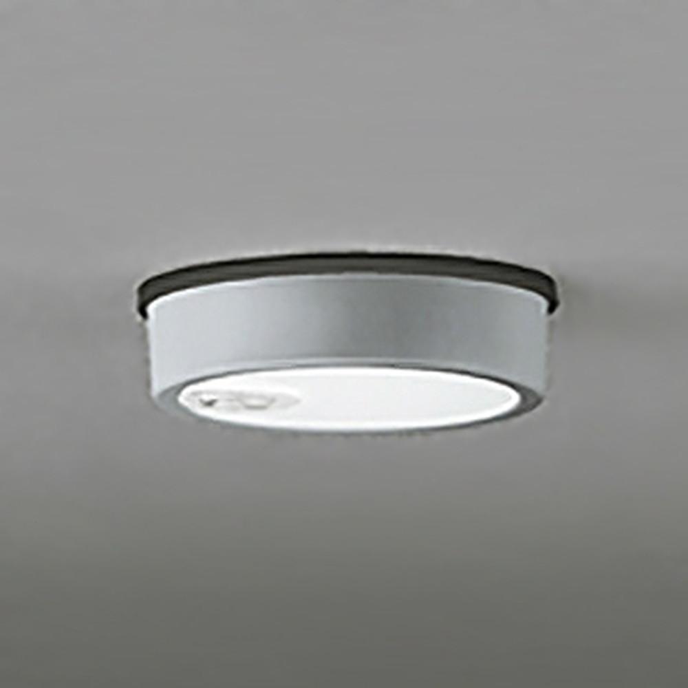 オーデリック LEDシーリングダウンライト 《FLATPLATE》 防雨型 軒下取付専用 白熱灯60W相当 昼白色 人感センサ付 マットシルバー OG254537