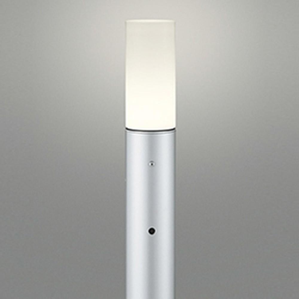 オーデリック LEDガーデンライト 防雨型 白熱灯60W相当 電球色 明暗センサー付 地上高1000mm マットシルバー OG254409LD1