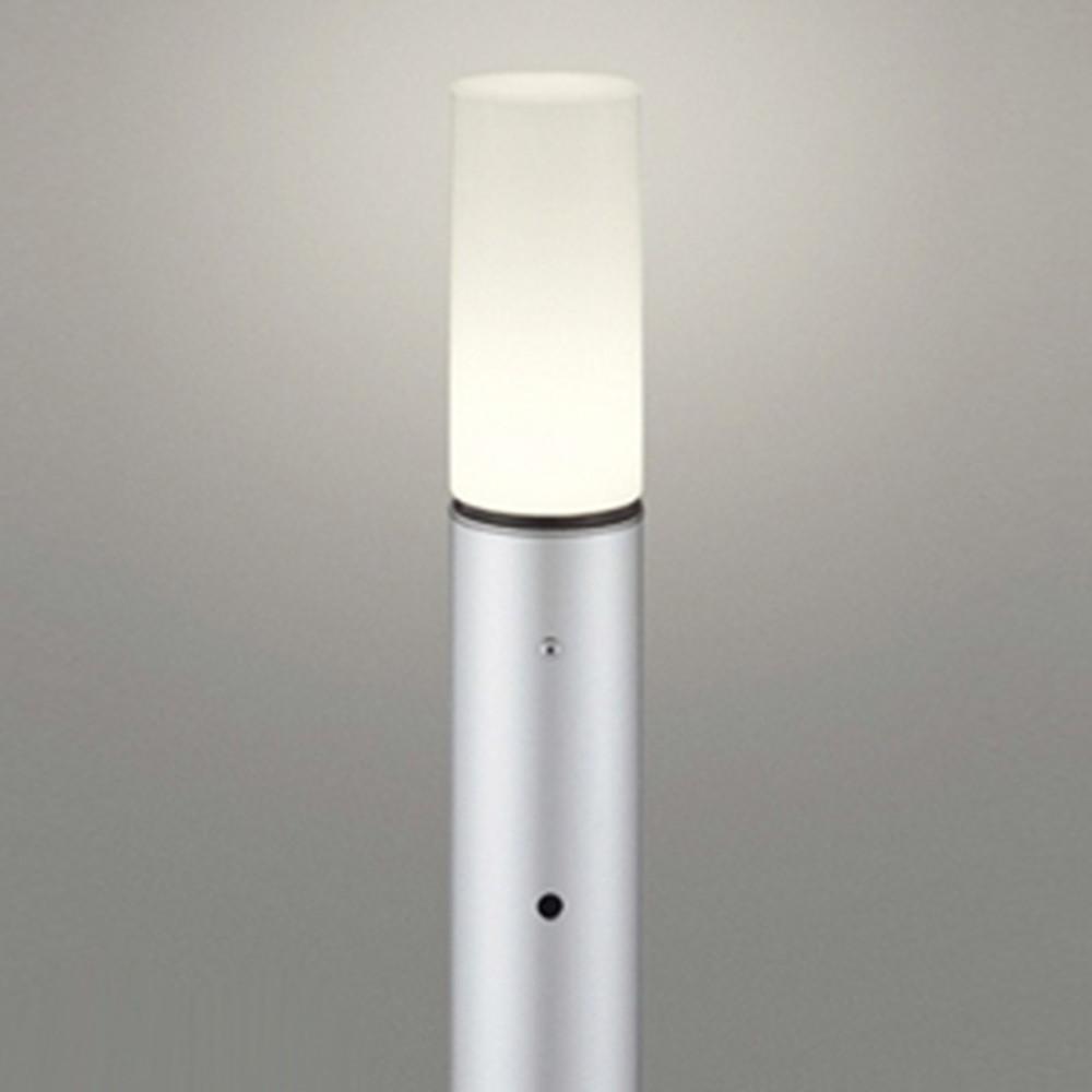 オーデリック LEDガーデンライト 防雨型 白熱灯60W相当 電球色 明暗センサー付 地上高700mm マットシルバー OG254666LD