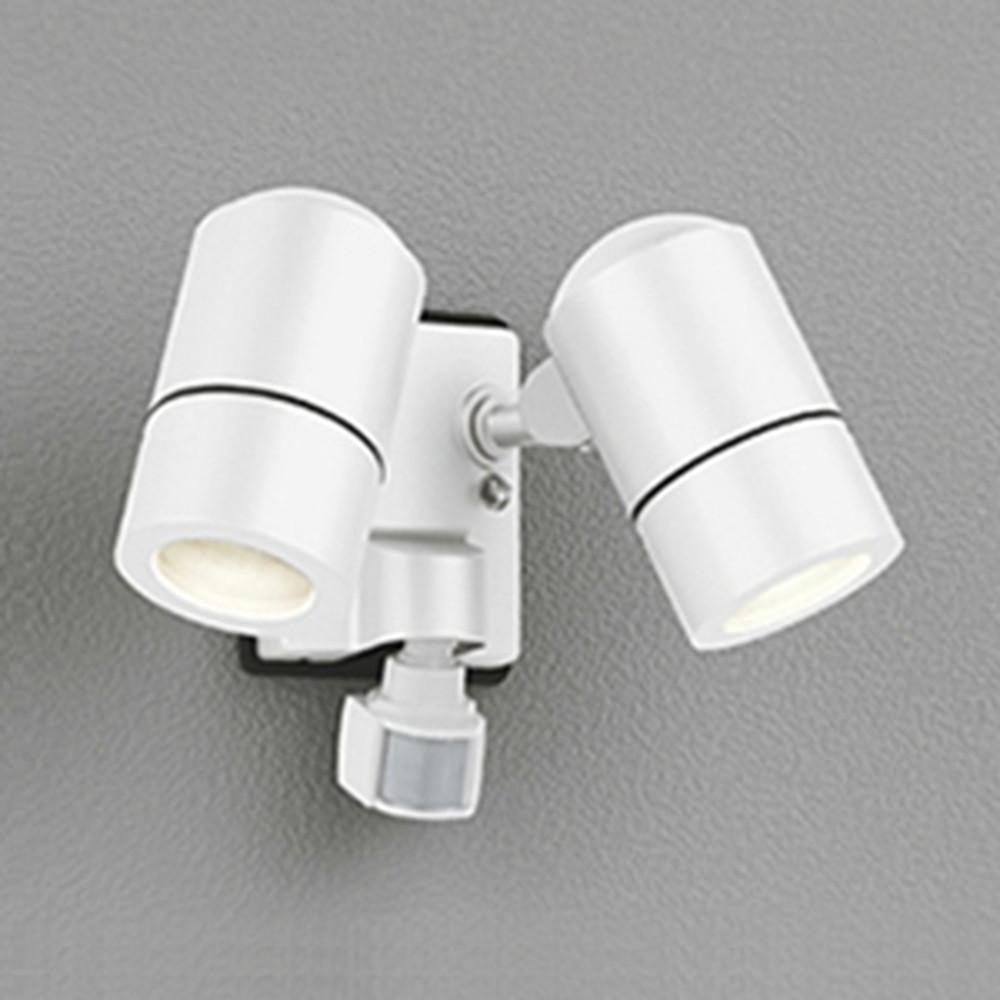 オーデリック LEDスポットライト 防雨型 JDR50W×2灯相当 E11口金 人感センサ付 ランプ別売 オフホワイト OG254575