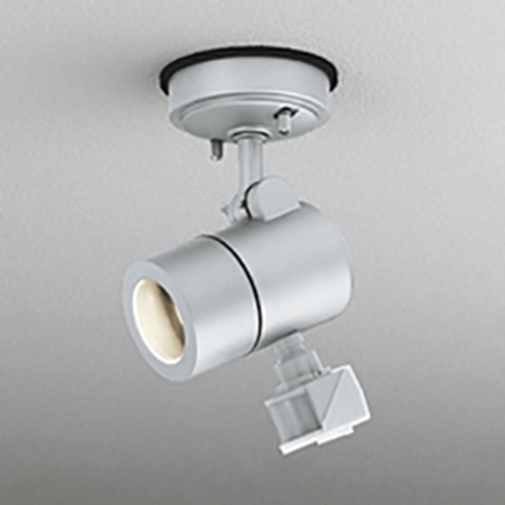 オーデリック LEDスポットライト 防雨型 天井面取付専用 JDR50W相当 E11口金 人感センサ付 ランプ別売 マットシルバー OG254580