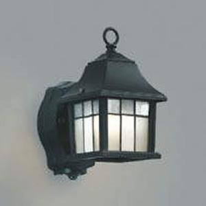 コイズミ照明 LEDポーチ灯 防雨型 白熱球40W相当 電球色 タイマー付人感センサ付 AUE646324