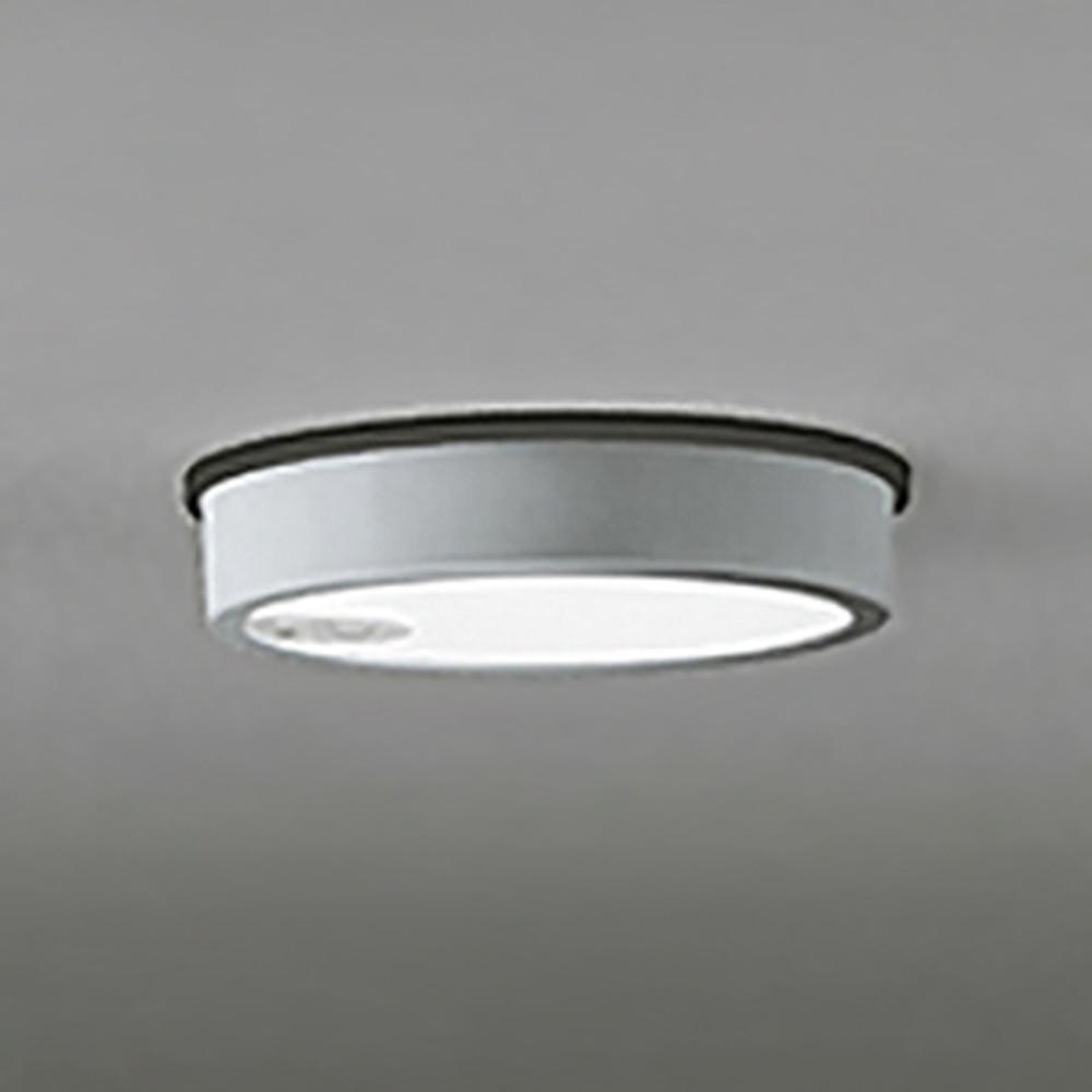 オーデリック LEDシーリングダウンライト 《FLATPLATE》 防雨型 軒下取付専用 白熱灯100W相当 電球色 人感センサ付 マットシルバー OG254526