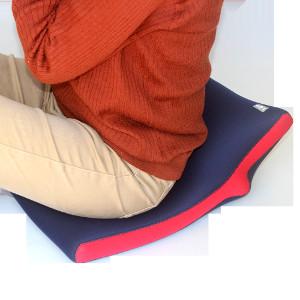 【送料無料】クロッツ やわらか湯たんぽ 座ぶとんタイプ(立ち上がり付)【smtb-TD】【saitama】