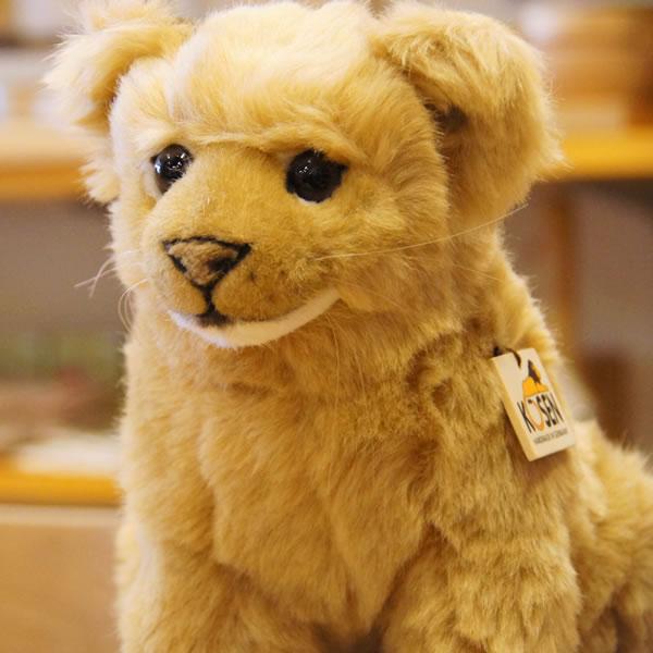 高品質 ケーセン社のライオンの赤ちゃんのぬいぐるみ Kosen ケーセン ドイツ製 ぬいぐるみ ライオンの赤ちゃん ギフト プレゼント らいおん 児童館 出産祝い 縫いぐるみ 女の子 激安☆超特価 男の子 誕生日
