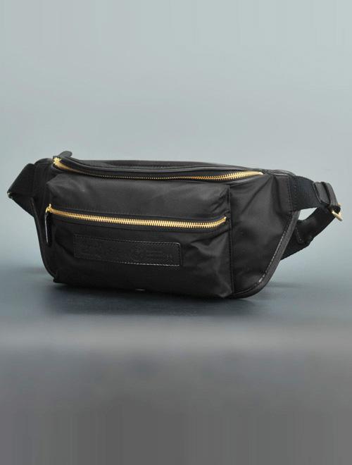 フェリージ  felisi 国内正規品 799/10/DS ブラックナイロン ゴールドカラージップ ボディバッグ 定番人気ウエストバッグ 小さめサイズ