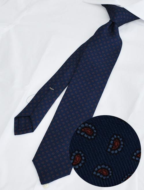 ウルトゥラーレ 好感度上がるネイビーとレッドペイズリーの組み合わせ トレピエゲ 3つ折りネクタイ シルククロス 共生地 プレゼントに