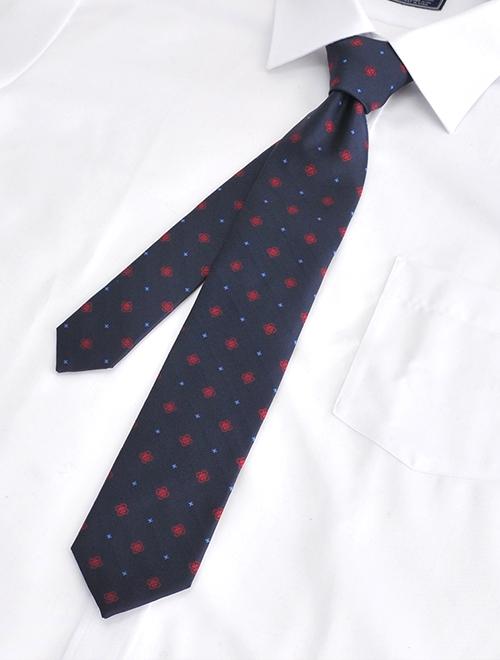 ウルトゥラーレ  ULTURALE メンズ ネクタイ シルク100% 7ピエゲ 7つ折り ネイビーフラワー刺繍 ハートのチャーム付きイタリア製アクセサリー