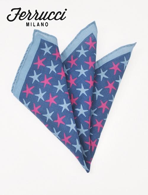 フェルッチ ミラノ 22-STELLE ブルー系 ヒトデとも見てとれるスターデザイン リネンチーフ ポケットチーフ ネクタイのカラーと合わせたい胸元のオシャレ