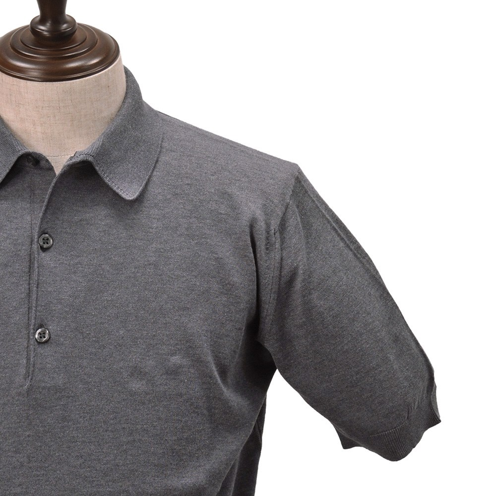 2f891943a The comfort that is mild by John Smedley JOHN SMEDLEY Adrian charcoal  standard fitting. Three button sea-island cotton short sleeves polo shirts