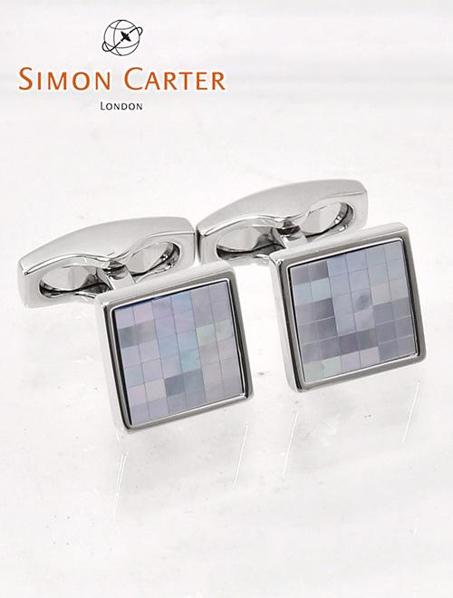 サイモンカーター  SIMON CARTER ライトブルー チェッカー柄 MOPパールタイル スクエア型カフリンクス Chequer Blue Mother Of Pearl Cufflinks メンズ カフス