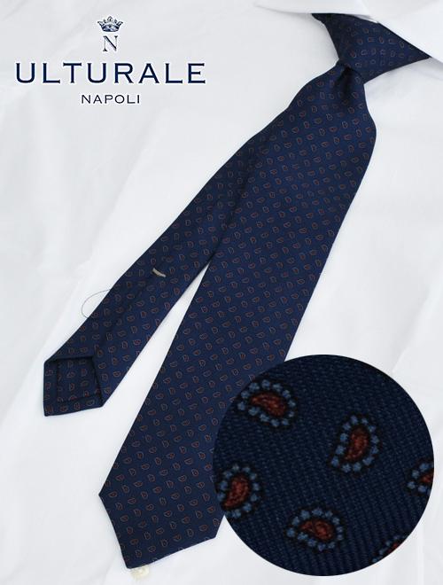 ウルトゥラーレ  ULTURALE イタリア製 好感度上がるネイビーとレッドペイズリーの組み合わせ トレピエゲ 3つ折りネクタイ シルククロス