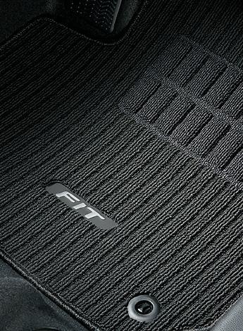 HONDA ホンダ 純正 FIT フィット フロアカーペットマット ブラック CVT/7AT車用 2016.11~仕様変更 08P15-T5A-012 | GK3 GK4 GK5 GK6 GP5 GP6 フィットハイブリッド HYBRID フロアマット 車種別 カーマット 床 車 高品質 上質 交換 フロア カー マット 車種専用 車内