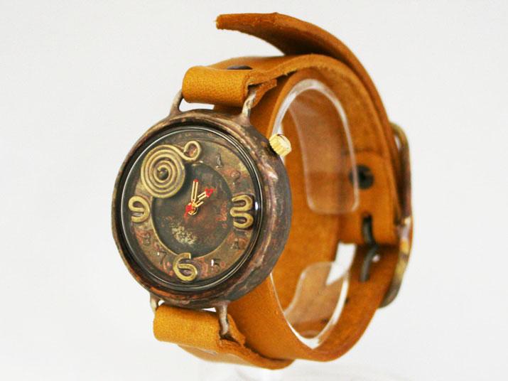 en 蝸牛 手作り腕時計