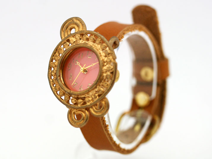 Y Panna ( パンナ pink )手作り時計