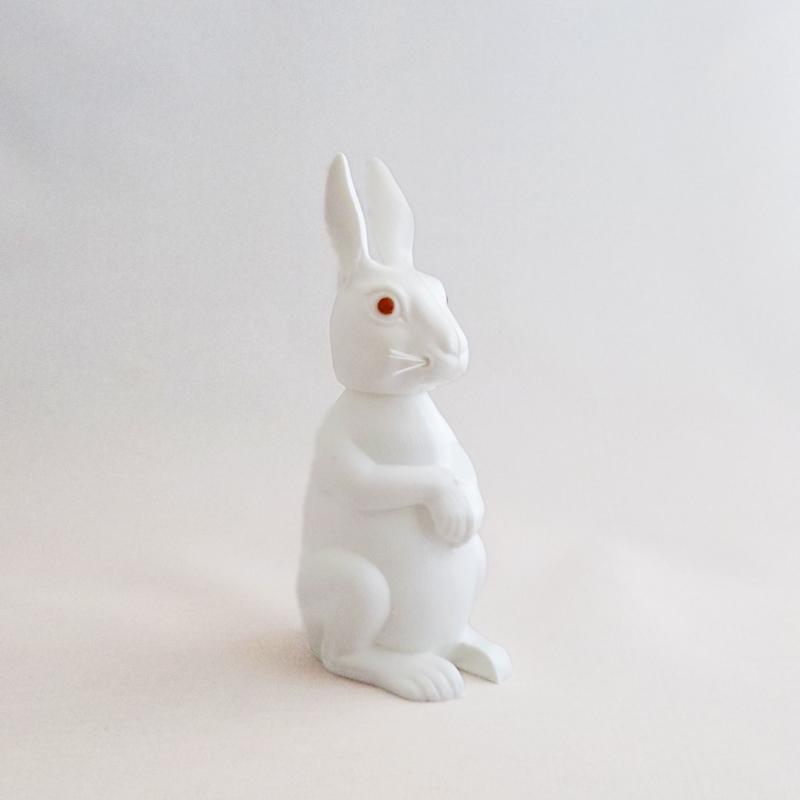 うんうんと頷いてくれる ドイツBREBA社のかわいい首振り人形 最新 うさぎ ラビット レトロ インテリア オブジェ ギフト 白 ウサギ ドイツ製 かわいい セール商品 プレゼント 首ふり人形 ボビングアニマル ホワイト